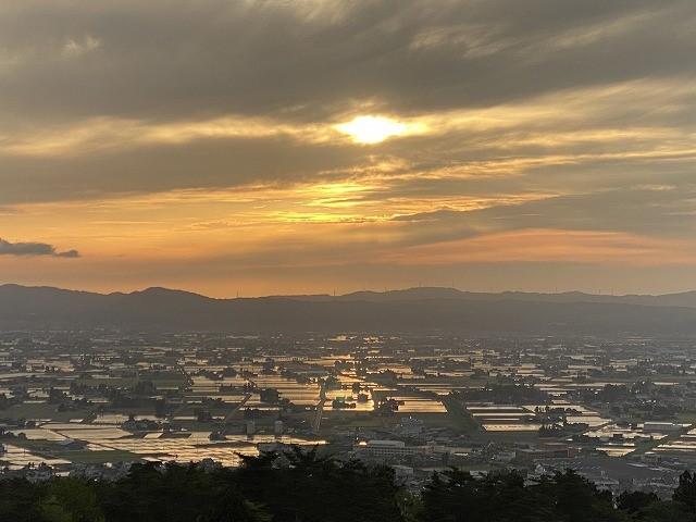 南砺市散居村展望台からの夕日