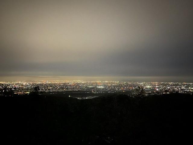 立山町大観峯頂上からの富山平野の夜景